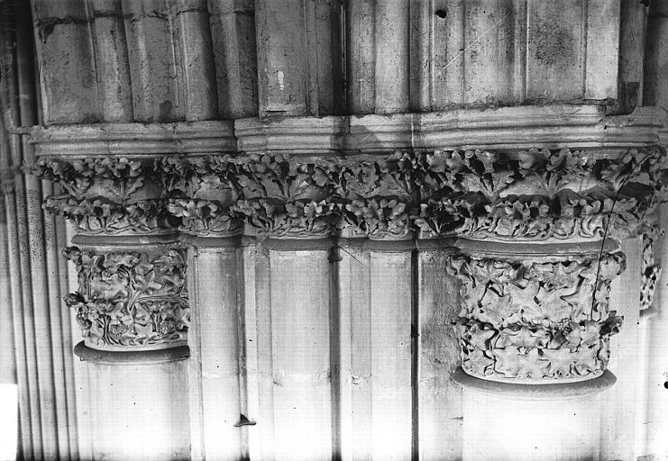 Cathédrale Notre-Dame Nef, premier chapiteau, Lajoie, Abel,