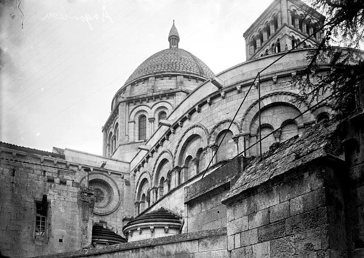 Cathédrale Saint-Pierre Abside et coupole, Enlart, Camille (historien),