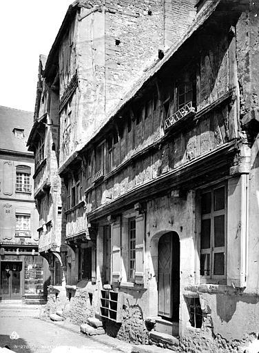 Maison Façade : ensemble, vue diagonale, Mieusement, Médéric (photographe),