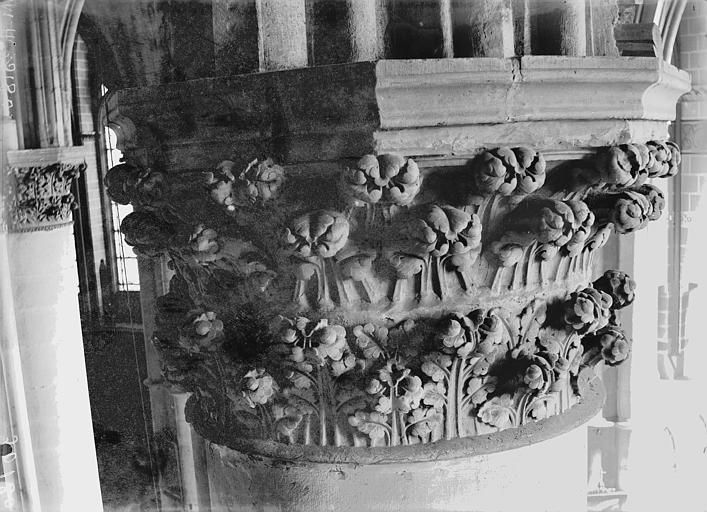 Cathédrale Notre-Dame Chapiteau du troisième pilier du choeur, à droite, Lajoie, Abel,