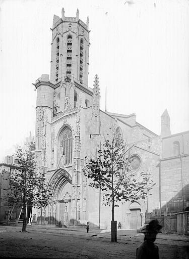 Cathédrale Saint-Sauveur Façade ouest et clocher, Enlart, Camille (historien),