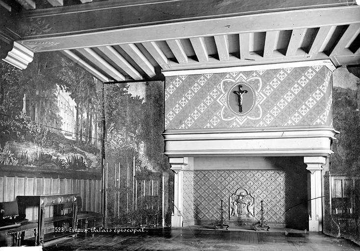 Evêché Vue intérieure de la salle à manger avec grande cheminée, Mieusement, Médéric (photographe),