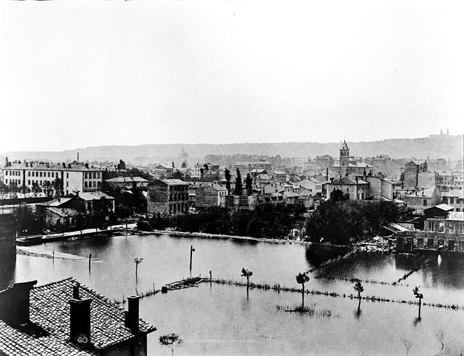 Vue des quartiers des Brotteaux (partie gauche d'un panorama), Baldus, Edouard (photographe),