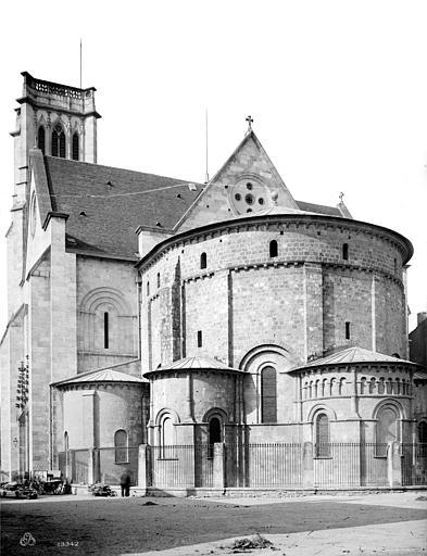 Cathédrale Saint-Caprais Abside et transept sud, Mieusement, Médéric (photographe),
