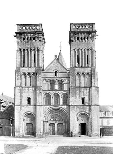 Abbaye aux Dames (ancienne), Eglise de la Trinité Façade ouest, Durand, Jean-Eugène (photographe),