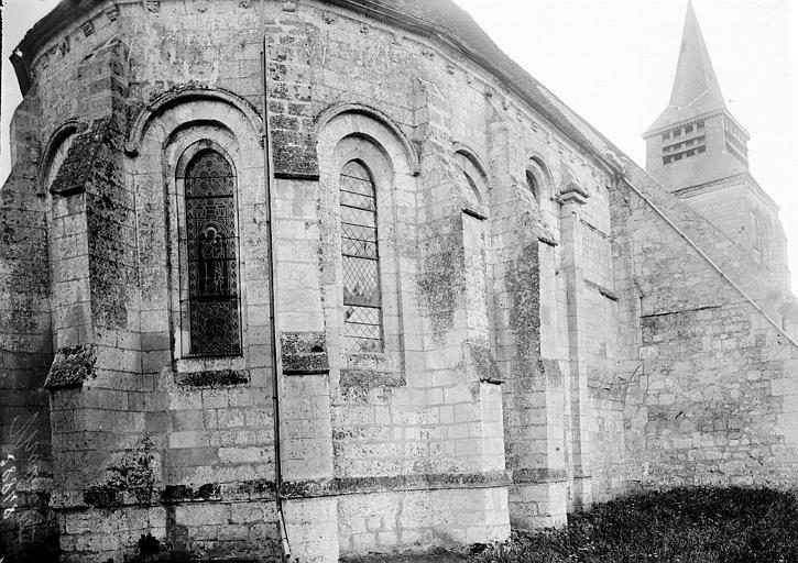 Eglise Abside au nord, Enlart, Camille (historien),