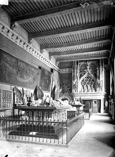 Palais des Ducs et des Etats de Bourgogne (ancien) Salle des tombeaux, Mieusement, Médéric (photographe),