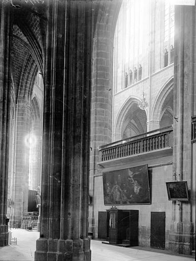 Cathédrale Saint-Just (ancienne) Nef: vue diagonale, Enlart, Camille (historien),
