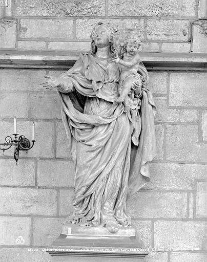 Cathédrale Saint-Bénigne , Neurdein (frères) ; Neurdein, Louis ; Neurdein, Louis (photographe),