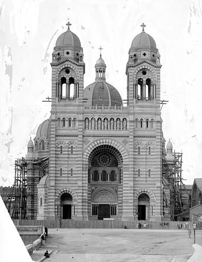 Cathédrale Sainte-Marie-Majeure Façade sud, Mieusement, Médéric (photographe),