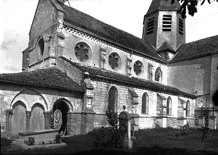 Eglise Côté nord-ouest, Enlart, Camille (historien),
