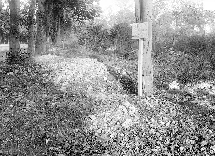 Domaine national, château Parc : terrain vague, Durand, Jean-Eugène (photographe),