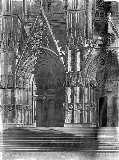 Cathédrale Saint-Etienne Façade ouest : Les deux portails nord, Mieusement, Médéric (photographe),