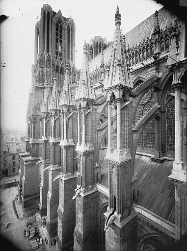 Cathédrale Notre-Dame Arcs-boutants de la nef, au sud, Lajoie, Abel,