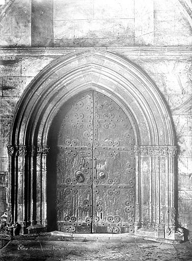 Eglise Porte donnant sur le cloître, Mieusement, Médéric (photographe),