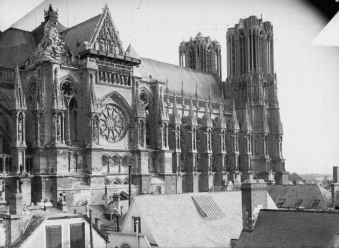 Cathédrale Notre-Dame Bras nord du transept et façade, Lajoie, Abel,