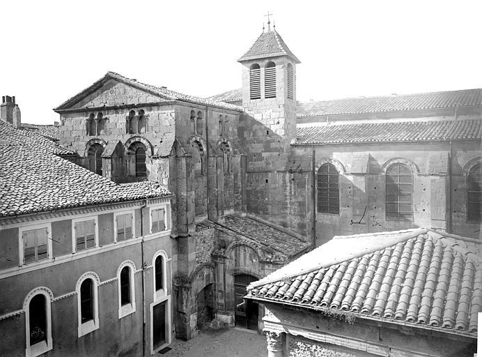 Cathédrale Saint-Apollinaire Façade nord : partie centrale et transept, Mieusement, Médéric (photographe),