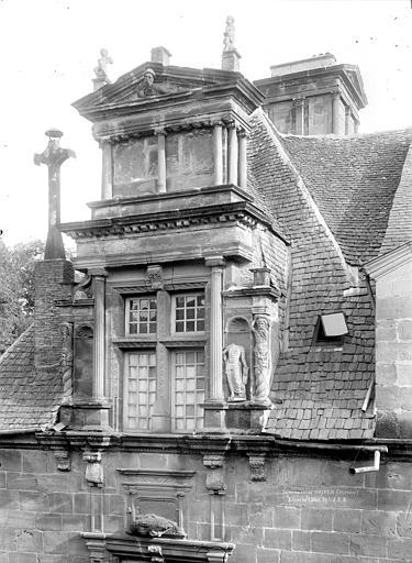 Petit séminaire (ancien), Hôtel Renaissance dit La Labenche Lucarne, Durand, Jean-Eugène (photographe),