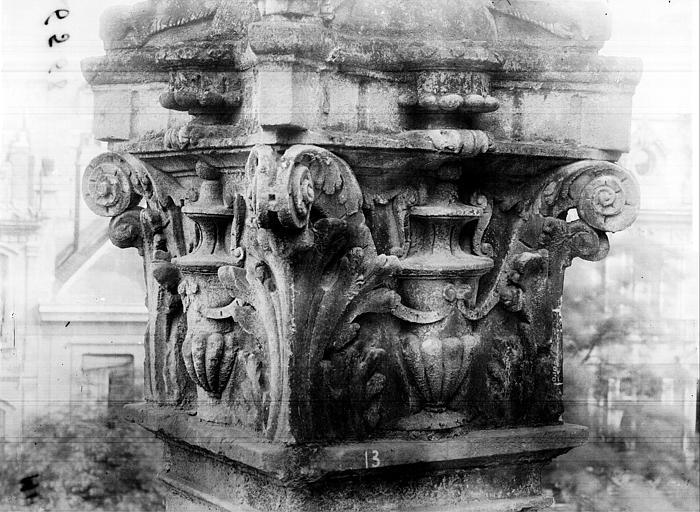 Eglise Saint-Pierre Pinacle de l'abside numéro 13, Durand, Jean-Eugène (photographe),