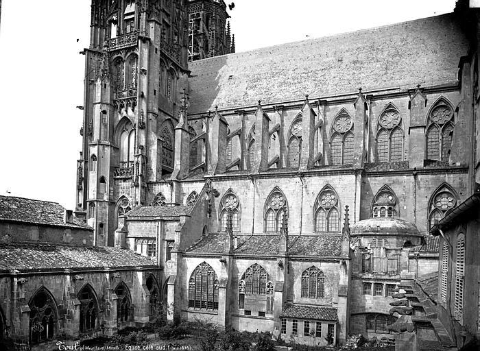 Cathédrale Saint-Etienne (ancienne) Façade sud et cloître, Mieusement, Médéric (photographe),