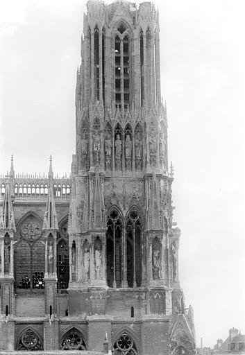 Cathédrale Notre-Dame Tour nord, côté nord, Sainsaulieu, Max (photographe),