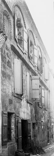 Maison Façade: vue perspective, Enlart, Camille (historien),
