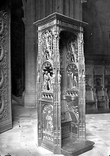 Basilique Saint-Denis Stalle, Mieusement, Médéric (photographe),