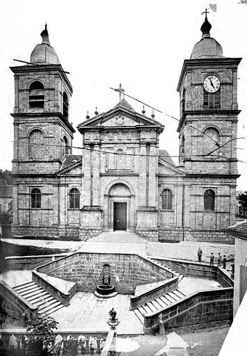 Cathédrale Saint-Dié Façade ouest, Mieusement, Médéric (photographe),