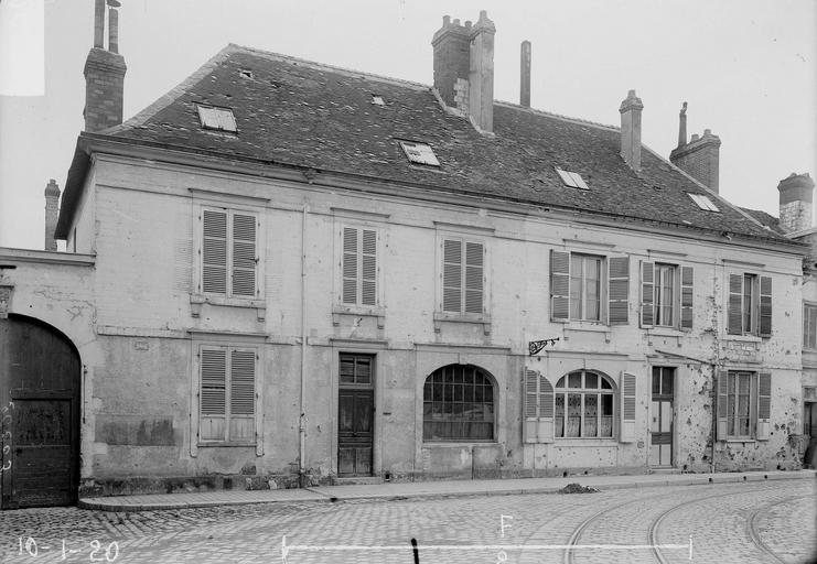 Maison Façade Louis XIII, Verneau, G.,