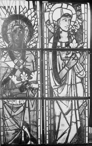Cathédrale Notre-Dame Vitraux de la fenêtre axiale du choeur, figures supérieures de la première et troisième lancette, Nadeau, H. (photographe),