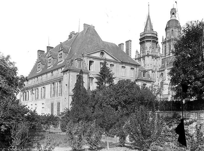 Cathédrale Notre-Dame Evêché : Ensemble sud-est, côté jardin, Mieusement, Médéric (photographe),