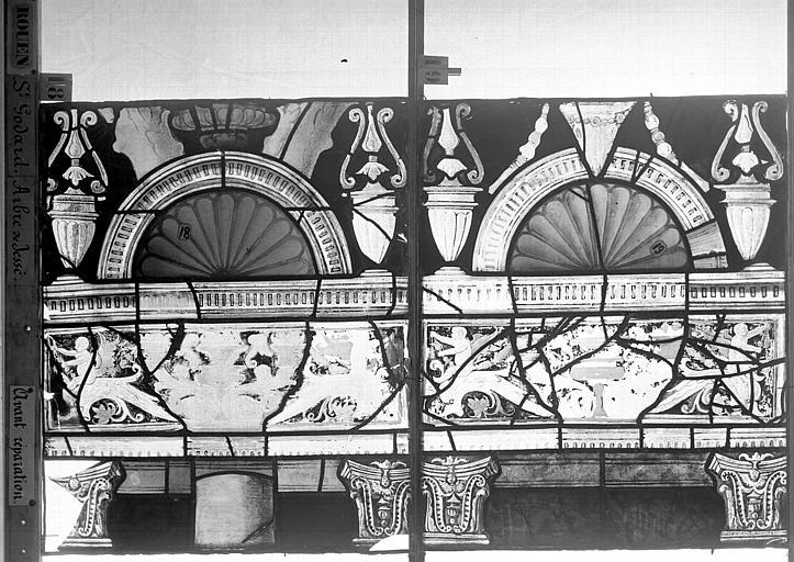 Eglise Saint-Godard Vitrail baie 18, Arbre de Jessé, douzième panneau, en haut, Heuzé, Henri (photographe),