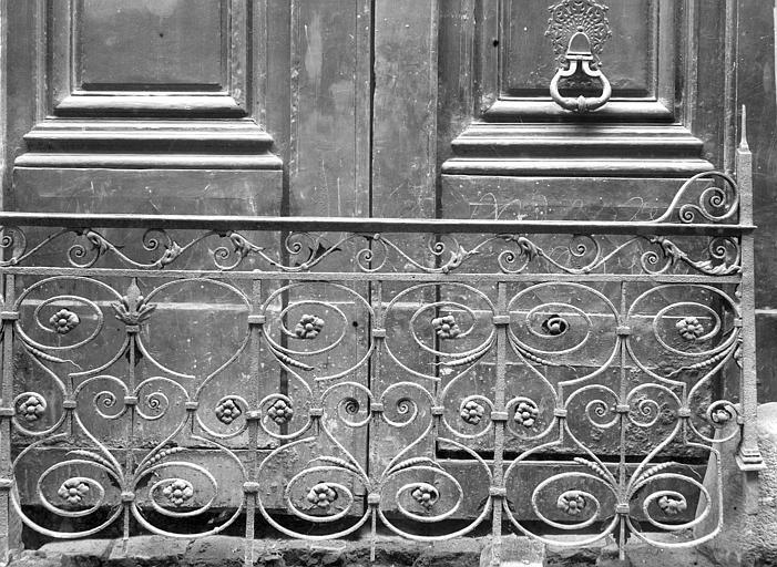 Hôtel Colbert (ancien) Rampe d'escalier : partie droite, Durand, Jean-Eugène (photographe),