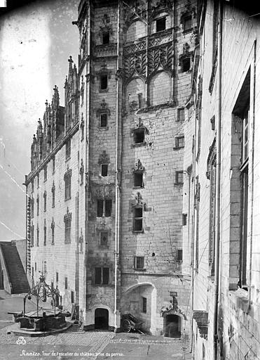 Château des ducs de Bretagne Tourelle d'escalier, Mieusement, Médéric (photographe),