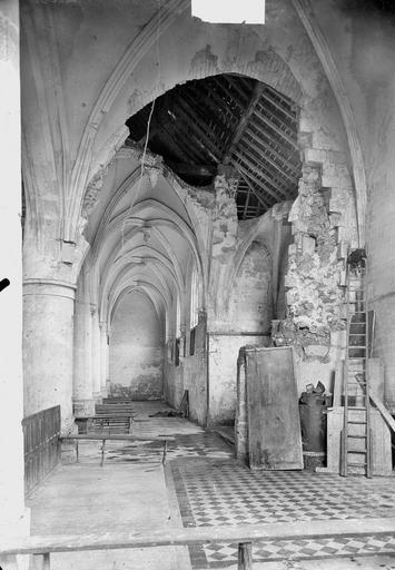 Eglise Intérieur, Service photographique,
