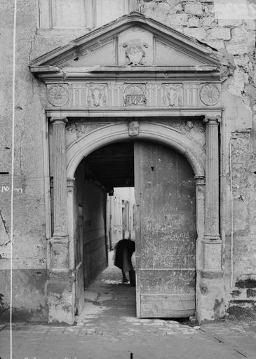 Maison/Hôtel Maupinot Porte, Verneau, G.,