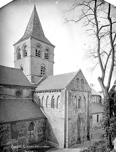 Abbaye de Graville-Sainte-Honorine (ancienne) Eglise. Façade nord : Transept et clocher, Mieusement, Médéric (photographe),