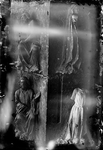Cathédrale Notre-Dame Portail ouest: statuettes, Enlart, Camille (historien),