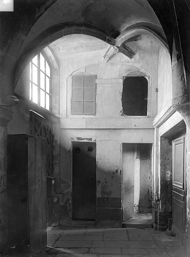 Eglise Saint-Nicolas-des-Champs Vue intérieure : sas de communication de l'ancien cloître à l'église, Durand, Jean-Eugène (photographe),