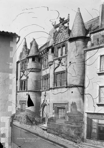 Prévôté (ancienne) Façade sur la rue, ensemble, Durand, Eugène (photographe),