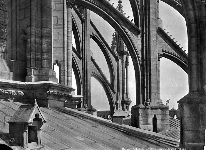 Cathédrale Notre-Dame Abside : Arcs-boutants, Mieusement, Médéric (photographe),