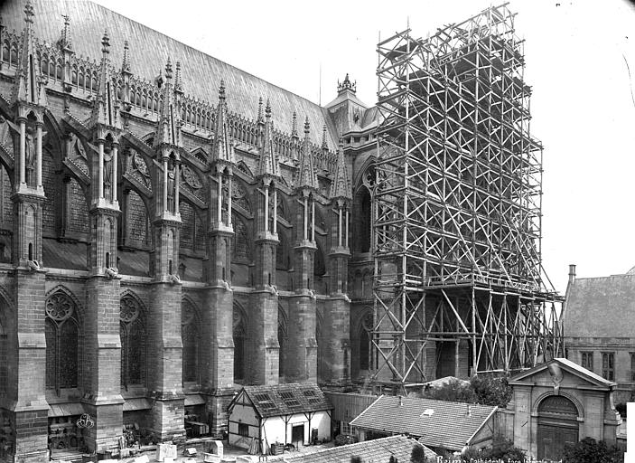 Cathédrale Notre-Dame Façade sud : partie est, Mieusement, Médéric (photographe),