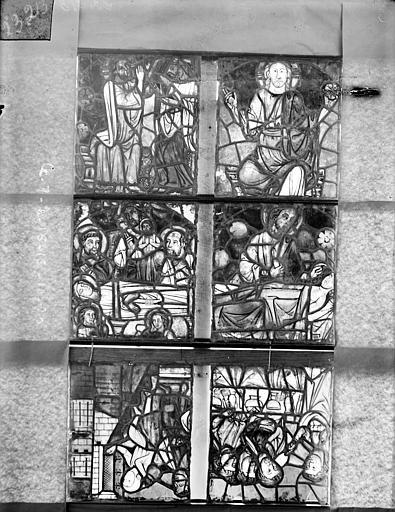 Cathédrale Saint-Etienne (ancienne) Vitrail de la chapelle absidiale, les deux panneaux supérieurs de la fenêtre E et les quatre panneaux supérieurs de la fenêtre G, Romanais (photographe),