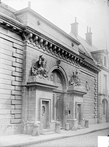 Hôtel Façade sur rue : Portail, Delaunay (photographe),