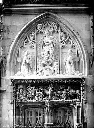Château Chapelle Saint-Hubert : tympan et linteau du portail, Mieusement, Médéric (photographe),