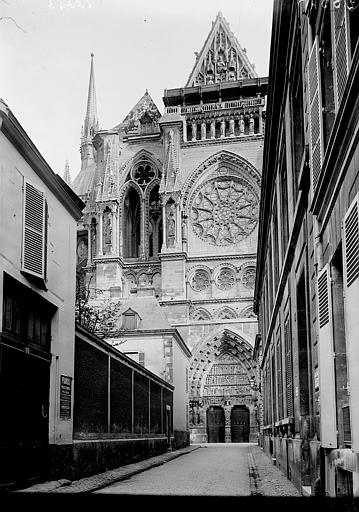 Cathédrale Notre-Dame Bras nord du transept: vue extérieure, Enlart, Camille (historien),