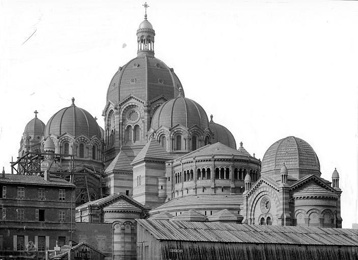 Cathédrale Sainte-Marie-Majeure Coupoles : vue d'ensemble prise du nord-est, Mieusement, Médéric (photographe),
