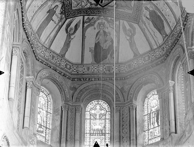 Eglise Sainte-Radegonde Vue intérieure du choeur : Cul-de-four et fenêtres, Gossin (photographe),