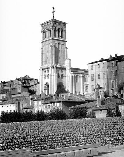 Cathédrale Saint-Apollinaire Clocher, côté sud-ouest, Mieusement, Médéric (photographe),