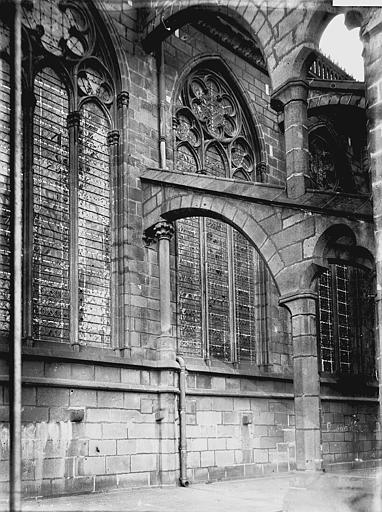 Cathédrale Notre-Dame Fenêtre et arc-boutant, Enlart, Camille (historien),